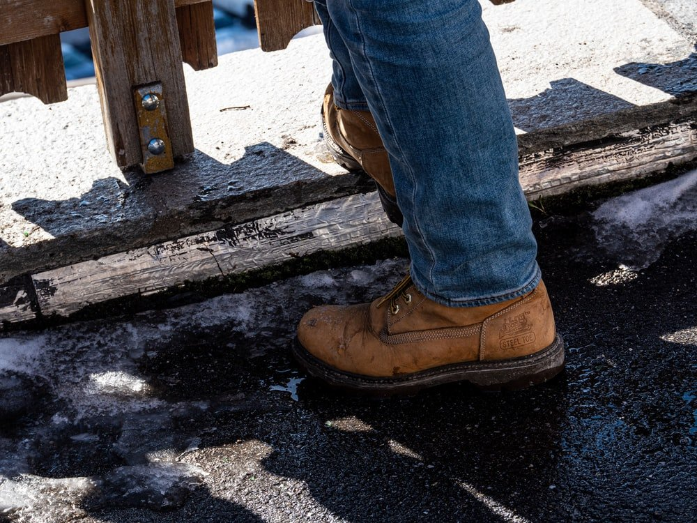 Top 7 Best Insoles For Work Boots